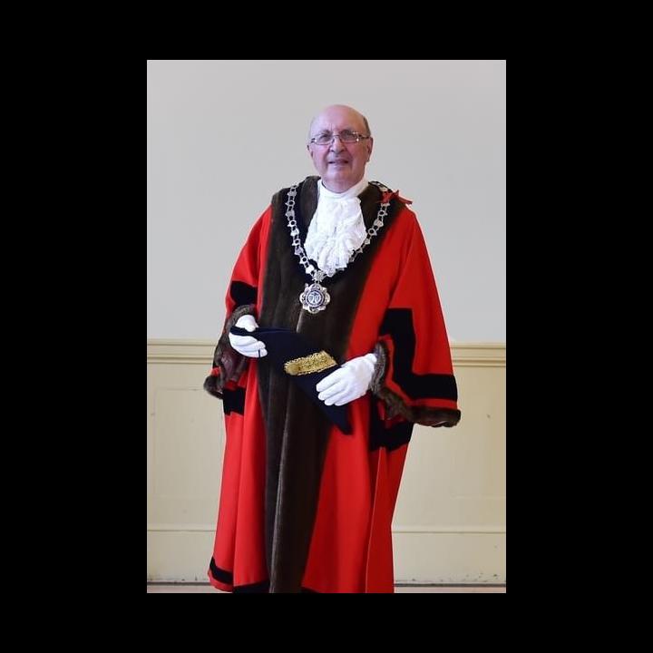 Mayor John Scragg